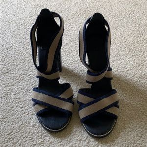 """Tory Burch Sandals with 4"""" stacked heel. Sz 9"""